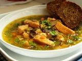 Lososová polévka s houbami recept