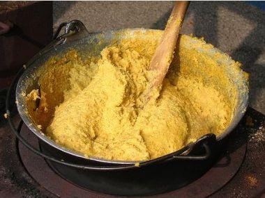 Kukuřičná kaše (polenta)
