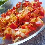 Paprikový salát s pórkem recept