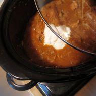 Segedínský guláš v pomalém hrnci recept