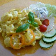 Noky s kuřecím v sýrové kari omáčce recept