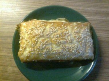 Šátečky z listového těsta se šunkou a sýrem