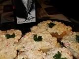 Třídruhový rybí salát na chlebíčky recept