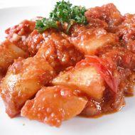 Pikantní brambory v rajčatech recept