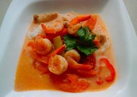 Thajská polévka s kokosovým mlékem Tom Yum Goong recept ...