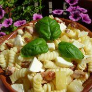 Těstovinový salát s mozzarellou recept