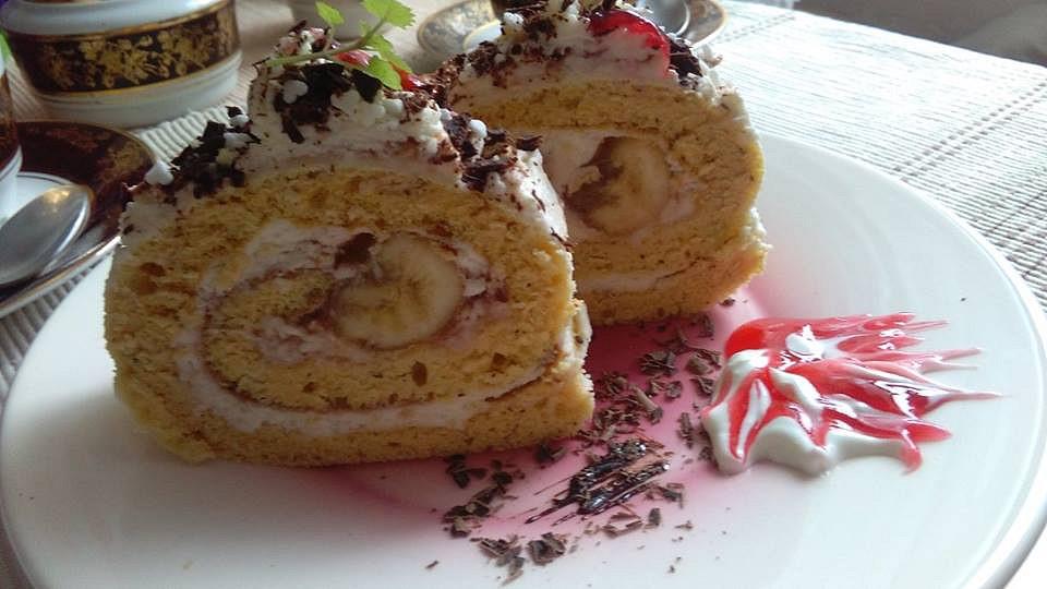 Piškotová roláda, plněná kokosovým krémem a banány recept ...