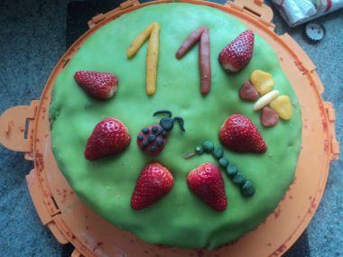 Narozeninový bezlepkový dort bez cukru