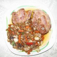 Česneková krkovice s čínskou zeleninou recept