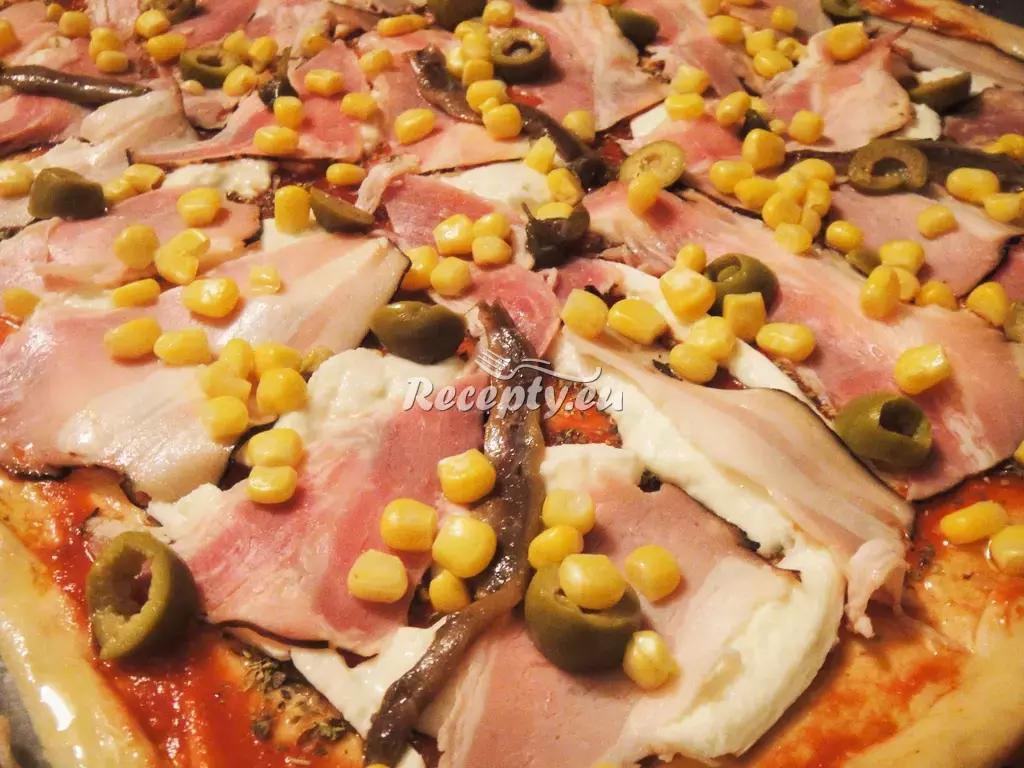 Chlebové těsto na pizzu recept  pizza
