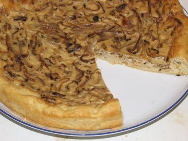 Kynutý cibulový koláč