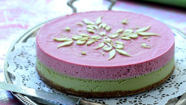 Pastelový raw dort