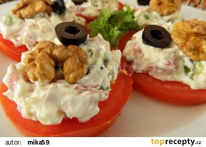 Rajčatové jednohubky se sýrovou pomazánkou recept  TopRecepty ...