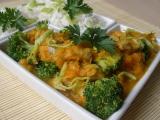 Mrkev s kuřecím a brokolicí recept