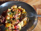 Rychlá večeře  Zapečené brambory se zeleninou a mletým masem ...