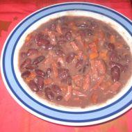 Fazolový guláš s uzeným recept