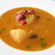 Zeleninová polévka s bramborem a slaninou recept