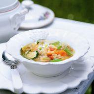 Zeleninová polévka z červené čočky recept