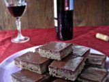 Čokoládové řezy s červeným vínem recept