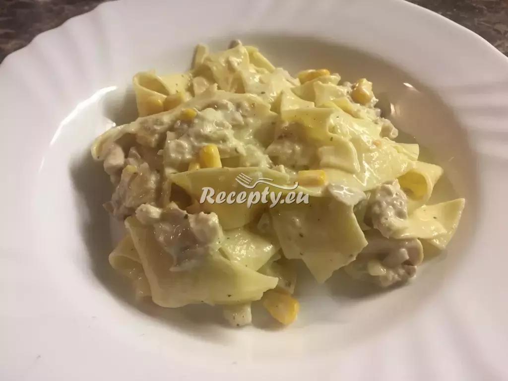 Těstoviny se sýrovou omáčkou recept  těstoviny
