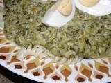 Nivový špenát s těstovinami a vajíčkem recept
