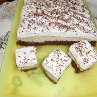 Řezy s kaštanovou náplní a karamelovou šlehačkou recept
