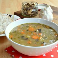 Houbová bramborová polévka recept