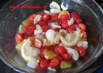 Ovocný šalát s jogurtovým dressingem recept