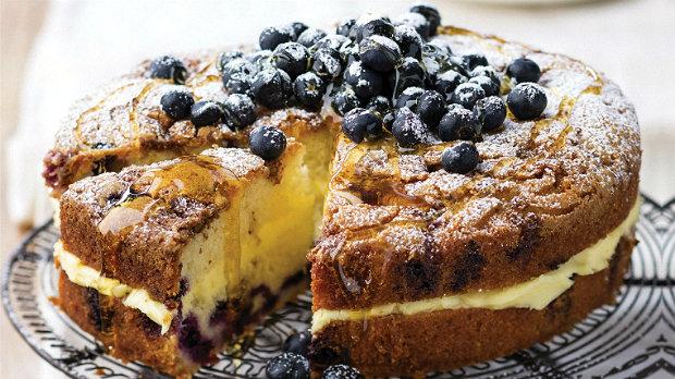 Citronovo-borůvkový koláč s borůvkovou drobenkou