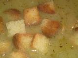 Chlebová polévka s cibulí a s česnekem recept