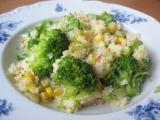Kuskus s brokolicí, česnekem a kukuřicí recept