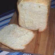 Vaječný světlý chléb z domácí pekárny recept