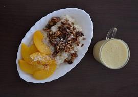 Veganský rýžový nákyp s broskvemi recept