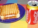 Panini s anglickou slaninou, šunkou a sýrem recept