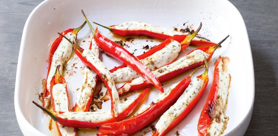 Plněné chilli papričky z trouby