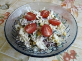 Těstovinový salát s grilovaným tuňákem recept