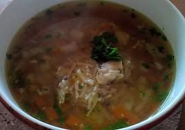 Kuřecí vývar se zeleninou a domácími nudlemi recept