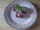 Kakaova omeletka s mascarpono-smetanovym kremem a malinami ...