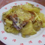 Vepřové řízky zapečené v bramborech recept