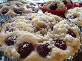 Bublanina s třešněmi a drobenkou recept