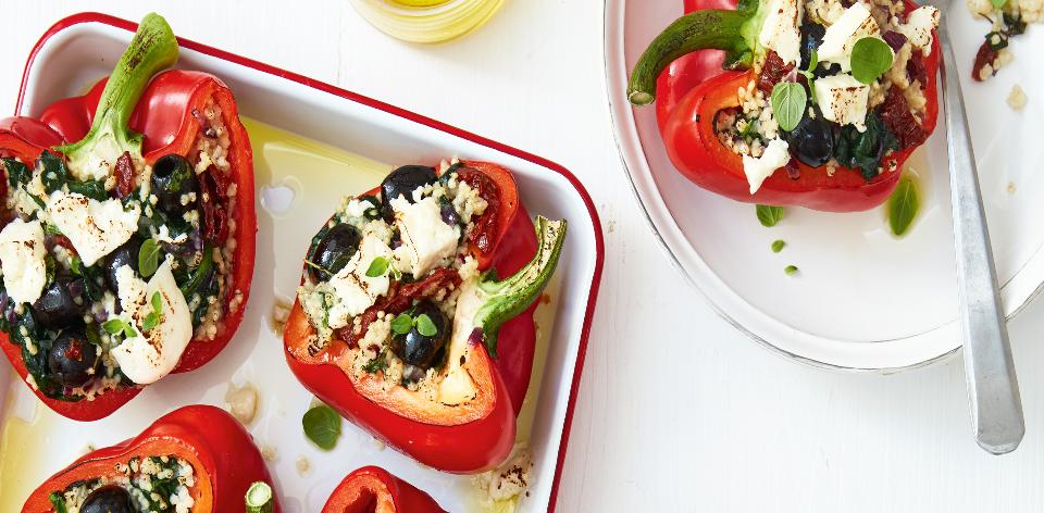 Plněné papriky s jáhlami a balkánským sýrem