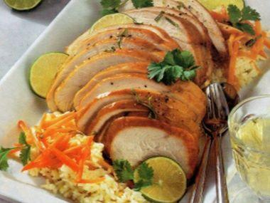 Krůtí pečínka s mrkvovou rýží