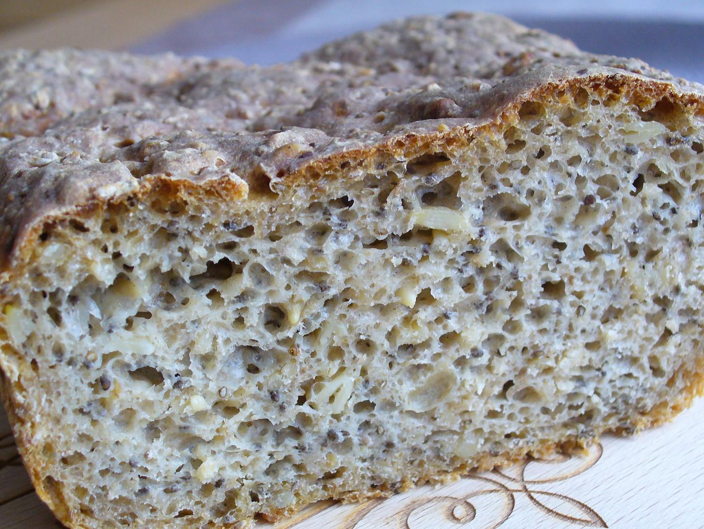 Kváskový chléb s chia semínky recept