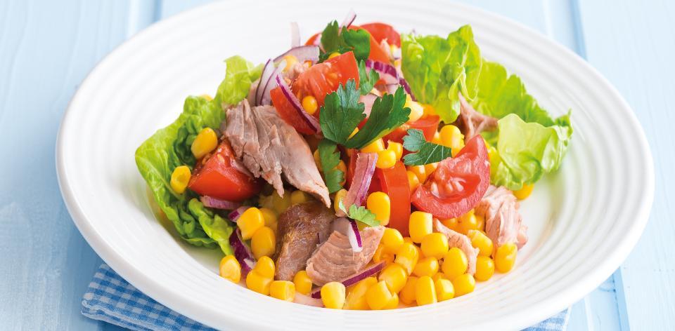 Krůtí salát s kukuřicí