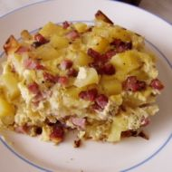 Uzené kostky zapečené s brambory recept