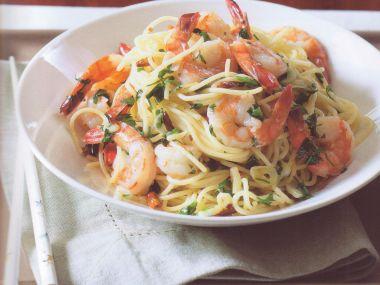 Špagety aglio e olio s krevetami