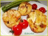 Vypečené plněné brambory s uheráčkem, sýrem, a houbami ...