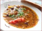Pikantní fazolový guláš s masem recept