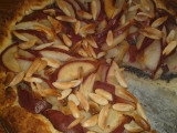 Kynutý hruškovo-makový koláč s mandlemi recept