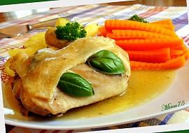 Voňavá bylinková kuřecí stehna s mrkvičkou  parní hrnec recept ...